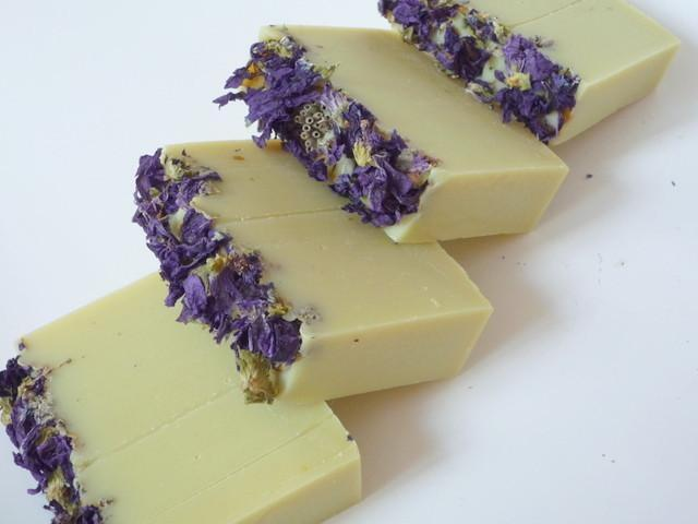 Dvojitá levandule - přírodní mýdlo 100g 4