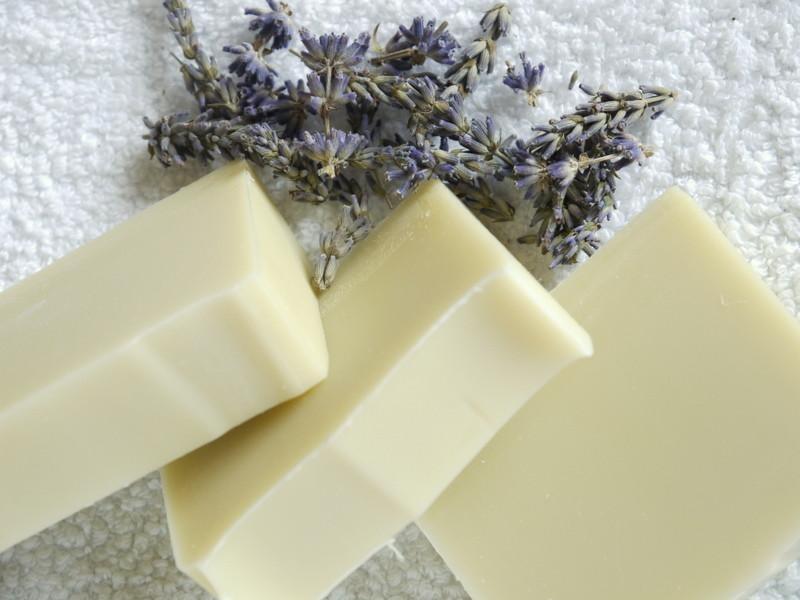 Dvojitá levandule bez květů - přírodní mýdlo 100g 4
